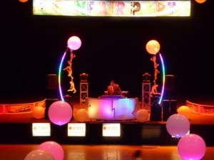Funfair-stage-set DJ